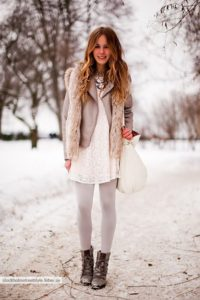 List : 10 Romantic Outfit Ideas for Valentine's Day